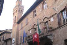 Buonconvento / Buonconvento in de regio Siena behoort tot de mooiste dorpen van Toscane. Het dorp was ooit volledig ommuurd en is grotendeels intact gebleven.