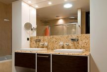 Bathroom ideas / Resin wall panel with organics (grass, bamboo, flowers, leaves. Wash-basin made of River stone.