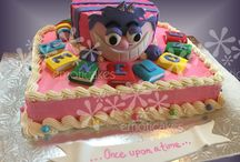 Alice in Wonderland Cakes