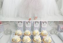 Snow Princess Party - Frozen / Birthday parties for little snow princesses and girls being inspired by the disney film Frozen