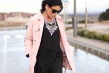 Chic LBD / #LBD #ChicStyle #Fashion #Pink #Trench #StreetStyle #Necklace #OverTheKneeBoots #Flare #LaceDress http://gabbynnia.com