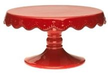 Cakes, Cupcakes, and Cake Stands / by Christie Barker
