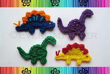 dino crocheted applique / dino crocheted applique