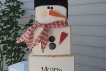 Christmas Crafts - Snowmen / by Chrissy Burton