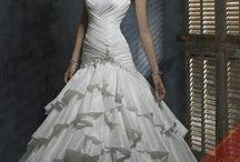 wedding ideas  / by Felicia Seal