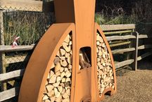Modern Garden Firepits & Corten Garden Fireplaces / Distinctive modern Dutch design fire pits in high quality corten steel, in either natural oxidised finish or heat resistant black lacquer. Available exclusively through Encompass Furniture. Free UK/EU mainland delivery. Free expert installation ( T & C Apply).