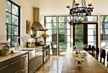 STOL KUCHENNY, OSWIETLENIE W KUCHNI / Drewniany stol- plus lawa i krzesla, lub krzesla niekoniecznie wszystkie takie same  Oswietlenie - licze na kilka ciekawych propozycji