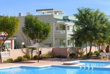 OUR APARTMENTS - COMMUNAL POOL / A selection of holiday apartments with communal pools in Gran Alacant, Alicante