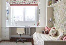 Дизайн спальни с окном