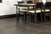 Quick Step / #Quick-Step behoort tot de meest toonaangevende fabrikanten van laminaat vloeren. Dit komt tot uiting in een mooie reeks collectie die wij van Quick Step aanbieden.