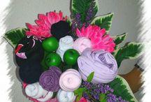 Bouquet de vêtements / Une idée cadeau originale pour une naissance ou un baptême! Le bouquet de vêtements : des fleurs qui ne faneront pas!   A partir de 25€ Contact : instants.dinspiration@gmail.com