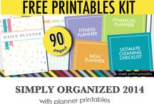 Planners & Organization / by Kelly Nettnin