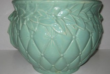 Pottery: McCoy and Hull  / by Park Fran