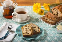 Sweeter Together / Some foods are made to be paired together. The fusion of flavors that results when you mix Sun-Maid® Raisins and Chiquita™ Banana Bread are the perfect combination! Whether it's a simple banana raisin bread or banana-raisin chicken curry, banana bread and raisins are simply sweeter together.