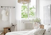 BEDROOMS I LIKE / A collection of bright bedroom I love and they inspire me
