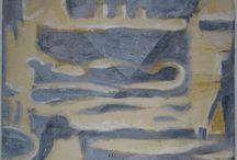 """""""FORMA FLUENS"""" Retrospettiva e inediti di Nicola e Antonello Atzori / Un legame tra padre e figlio che l'arte rende indissolubile, una condivisione dello spazio espositivo in cui  le opere di Antonello Atzori si intrecciano con quelle del  padre Nicola.  Per l'occasione  vengono esposti 10  piatti e 3 pannelli ceramici, ognuno  con quattro  moduli, realizzati da Nicola negli  anni '60 – '75,  mentre  Antonello mette  in  mostra un buon  numero  di ceramiche di  varie  fogge e  tecniche di  più recente produzione"""