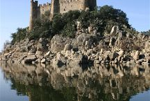 Hrady (Castles)