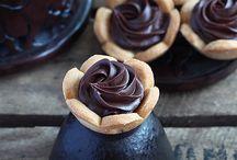 Tarte au chocolat, café, pistache...