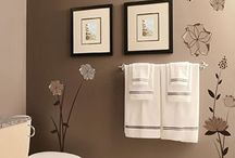 Bathrooms / by Nadeen Whiteside