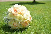 Svadobné kytice / Svadobná kytica je základným doplnkom každej nevesti. Inšpirujte sa našimi dielami.