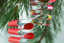 paper ornaments / Χάρτινα κρεμαστά στολίδια για το δέντρο ή τα δώρα !