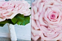 dutchess roses and glamelia bouquets