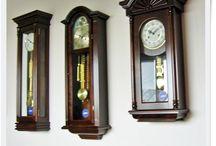 Zegary mechaniczne - Mechanical clock / Zegary mechaniczne wiszące ścienne w drewnianych skrzynkach