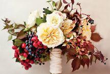 秋の結婚式の花