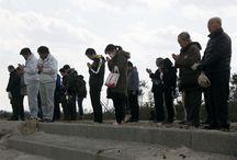 Después de tres años del tsunami en Japón / A tres años del tsunami en Japón, cientos de personas rinden homenaje a los más de 15 mil muertos y 2 mil 633 desaparecidos que dejó el mayor movimiento telúrico en la historia de la nación asiática.