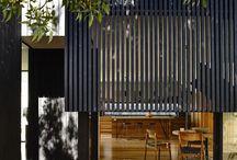 Holzlamellen Fassade
