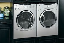 Laundry room / by Leslie Perricone