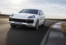 Nuevo Porsche Cayenne Turbo / El nuevo Cayenne Turbo hace su aparición durante el Salón Internacional del Automóvil de Fráncfort y con sus 550 CV se sitúa en la cumbre de la gama. Nuevo Porsche Cayenne Turbo, aún más 911 en un SUV.
