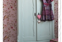 Romantyczna szafa.