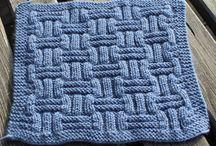 Carré en tricot ( à faire )