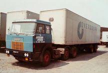Modelbouwgroep  BARON  Overdorp trailer.1 op 25. / Modelbouw  trailer van Overdorp  1 op 25