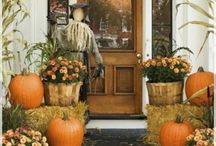 Thanksgiving Party Decorating Ideas / Thanksgiving Party Decorating Ideas - Tablescapes, Front Entrances, Around the home Thanksgiving Decor, and more...