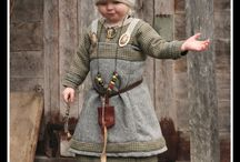 Ruční práce - historické kostýmy a jiné šití