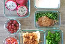 B + L + D < 1500 calories / Delicious, filling, low-calorie meal plans that will make you forget you are on a diet!
