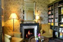 Vacances au chaud / Pour un séjour plein de chaleur, découvrez une sélection des plus belles cheminées de nos hébergements Gîtes de France