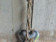 I LOVE HEARTS / by Roxanne Crane