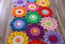 crochet table runners / by patricia lasso