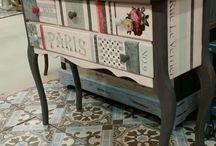 muebles con papel y plantilla