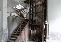 DESIGN-STAIRS / by Charlotte Bik