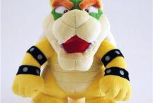 Peluches Nintendo / Découvrez nos sublimes peluches Nintendo ! il y en aura pour tous les goûts !!! http://www.playgik.com/375-peluches-nintendo-mario