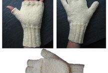 Nancy Lindberg knits