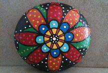 male og dekorere stein