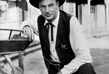 High Noon / High Noon 1952 - Directed by Fred Zinnemann, Screenplay by Carl Foreman, Starring Gary Cooper, Grace Kelly