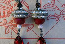 Re-purposes jewelry / by Carla Norris