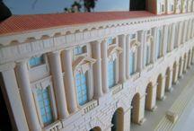 Verona, PALAZZO DELLA GRAN GUARDIA , scala 1:200 / Modello della facciata del Palazzo della Gran Guardia di Verona  - il modello è realizzato a mano, in resina  - fissato su un fondo di plexiglas nero con bordo tagliato a 45 ° - rifinito e colorato a mano - completo di supporto in plexiglas nella versione da tavolo - firmato Lucio Tuzza