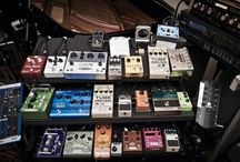 Artists' Pedalboards / Who doesn't like looking at pedalboards??